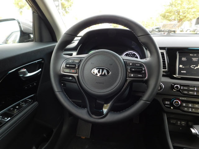 New 2018 Kia Niro Touring